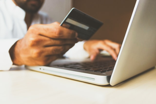 eBay Sellers Forced To Use Bank Accounts